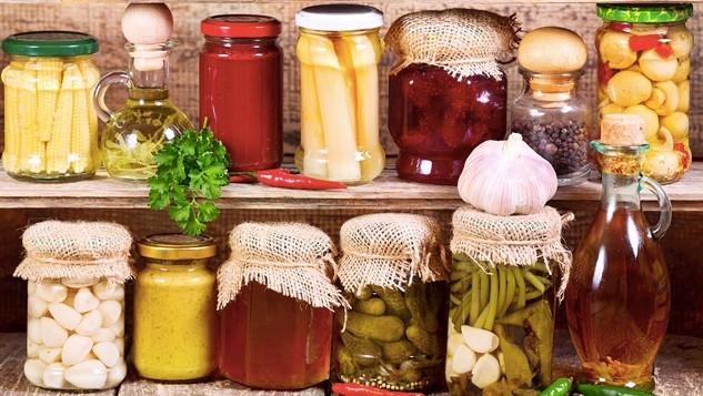 Evde Kışlık Yiyecek Hazırlayıp Satmak