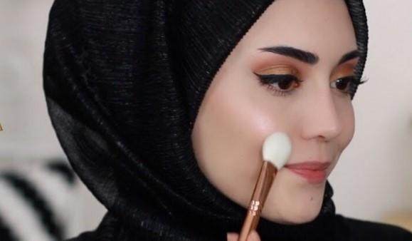 Tesettür Makyaj Nasıl Olmalı Sade Ve Doğal Görünün Dükkan Açmak