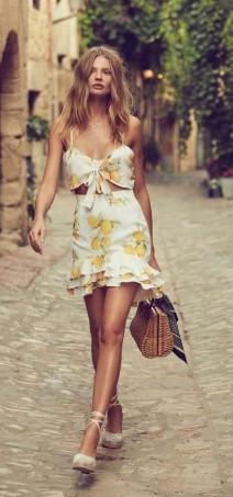 Yaz elbise kombini