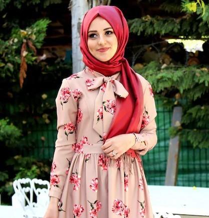 2ccc9b28b8f5c 2019 Tesettür Giyim Modelleri En Çok Tercih Edilenler Bayan Giyim Modası.  tesettür elbise yaz kombini